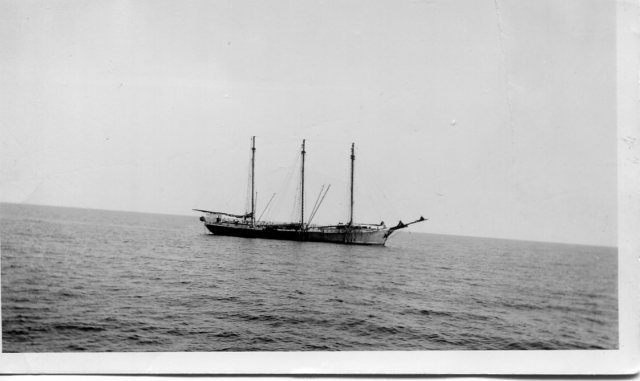 Schooner C. A. Thayer, Ed Best photo