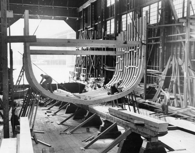 Cobb ribs being installed at Western Boat Building CO. BCF Photo