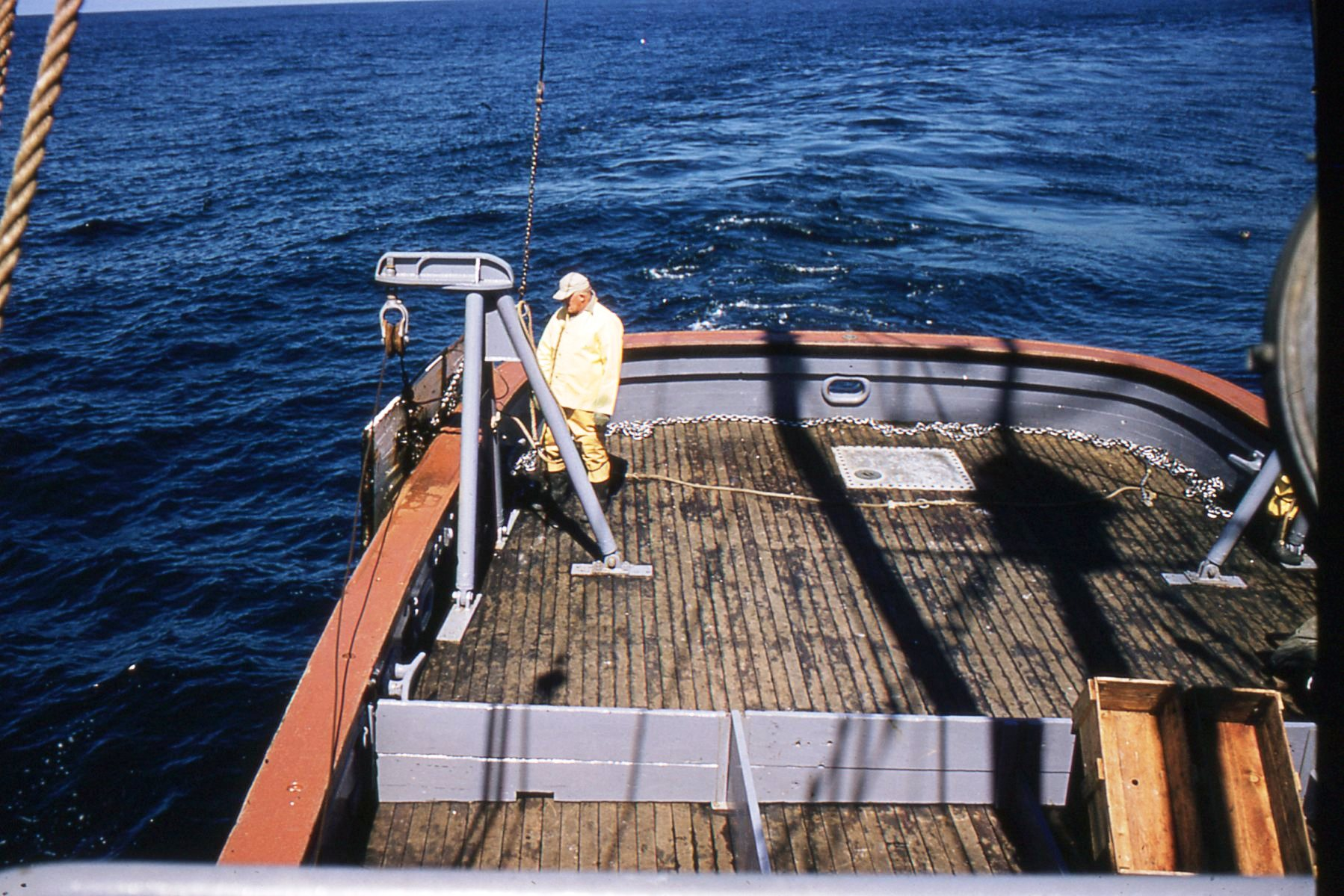 Trawl door is chained to the stanchion Hitz photo & RETRIEVING THE TRAWL \u2013 My First Cobb Trip | Carmel Finley